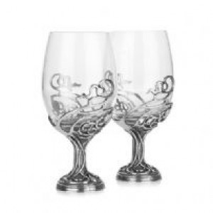 Swirl Lead Crystal set of 2 Wine Glasses